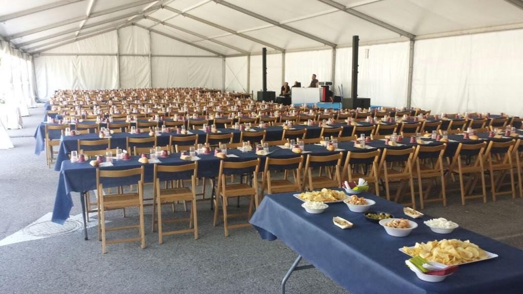mobiliario_mesas_sillas_para_comidas_populares_colegios