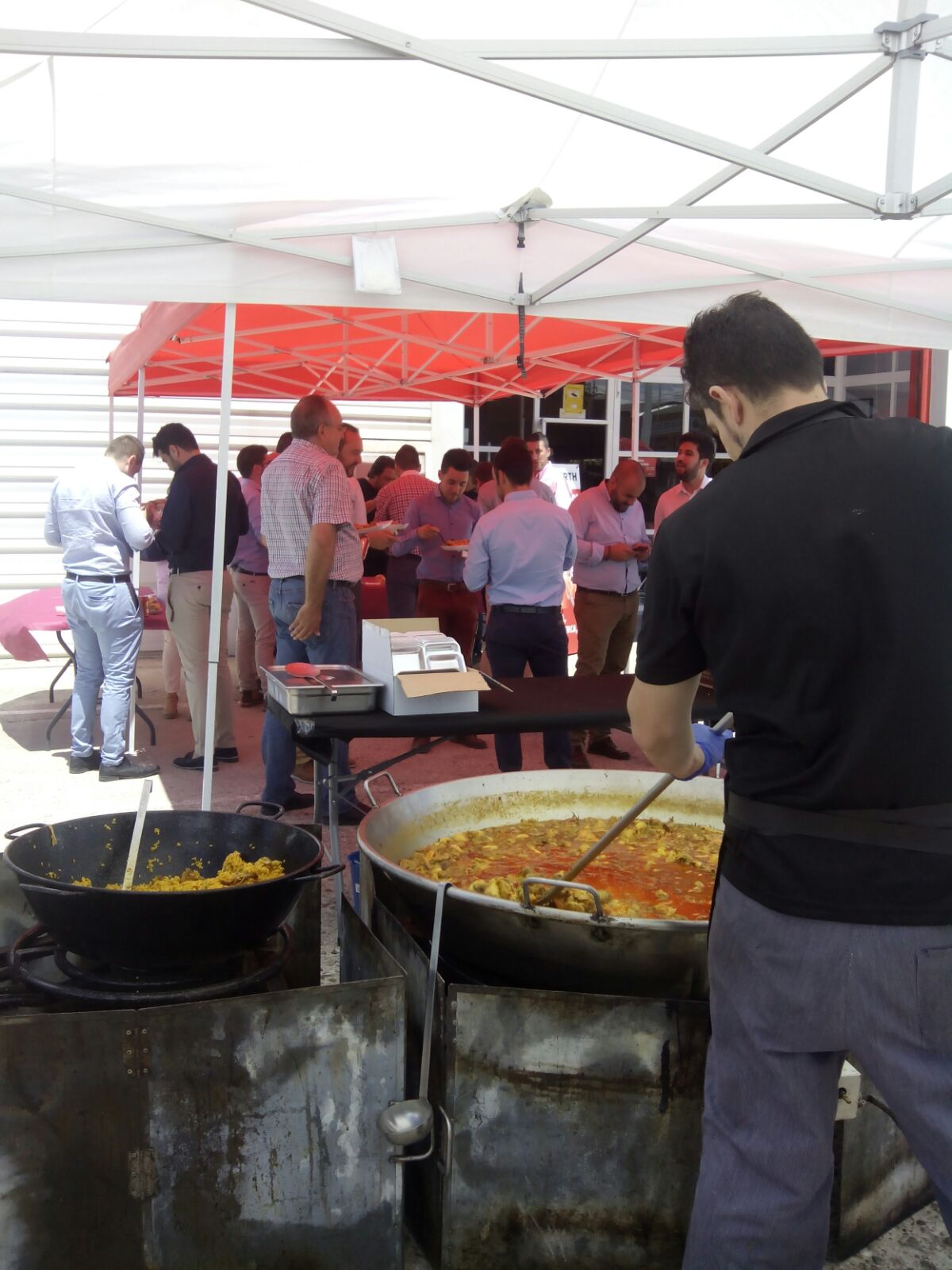 catering wurth españa paellas gigantes